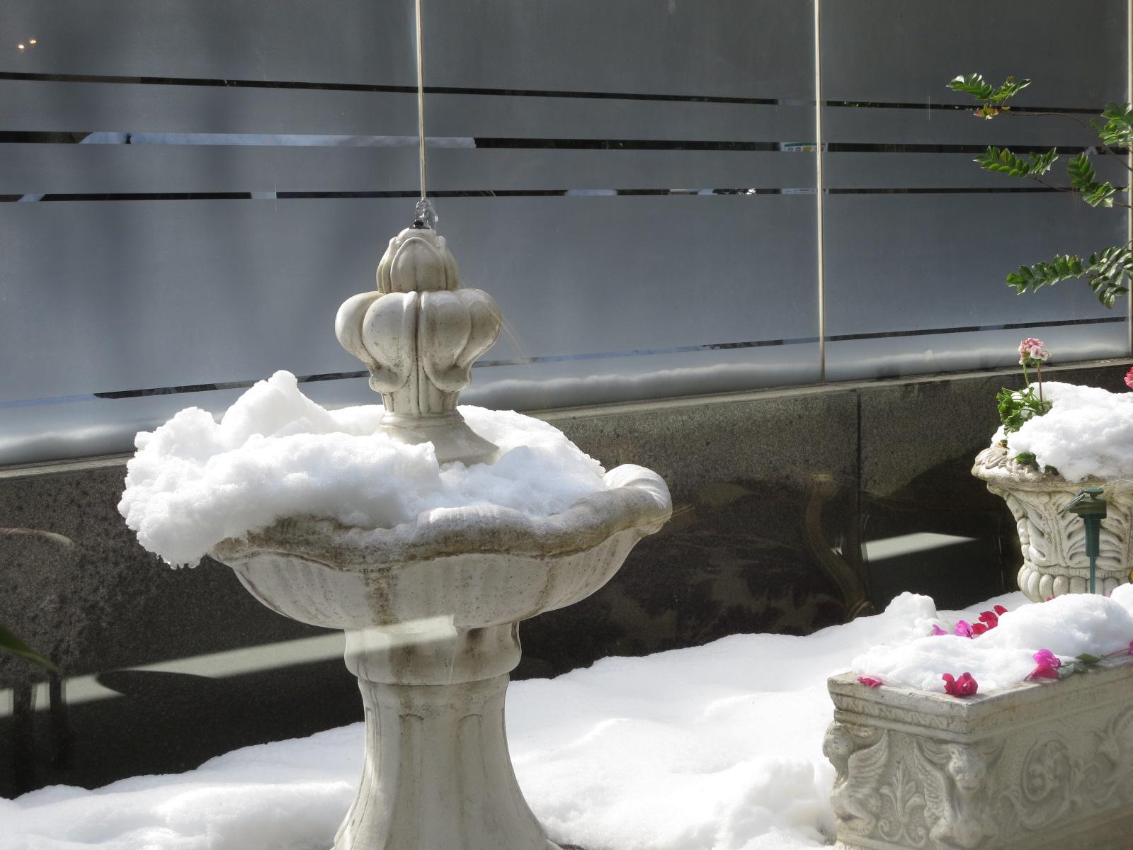 雪2014噴水.JPG